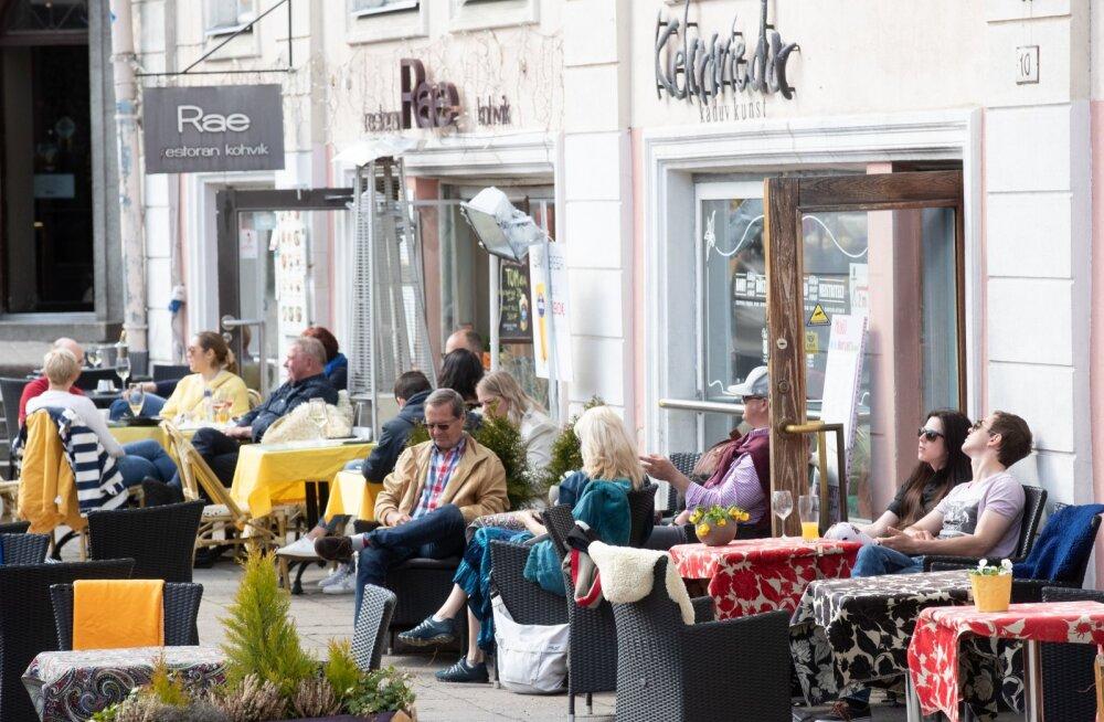 Tänavakohvik Tallinnas
