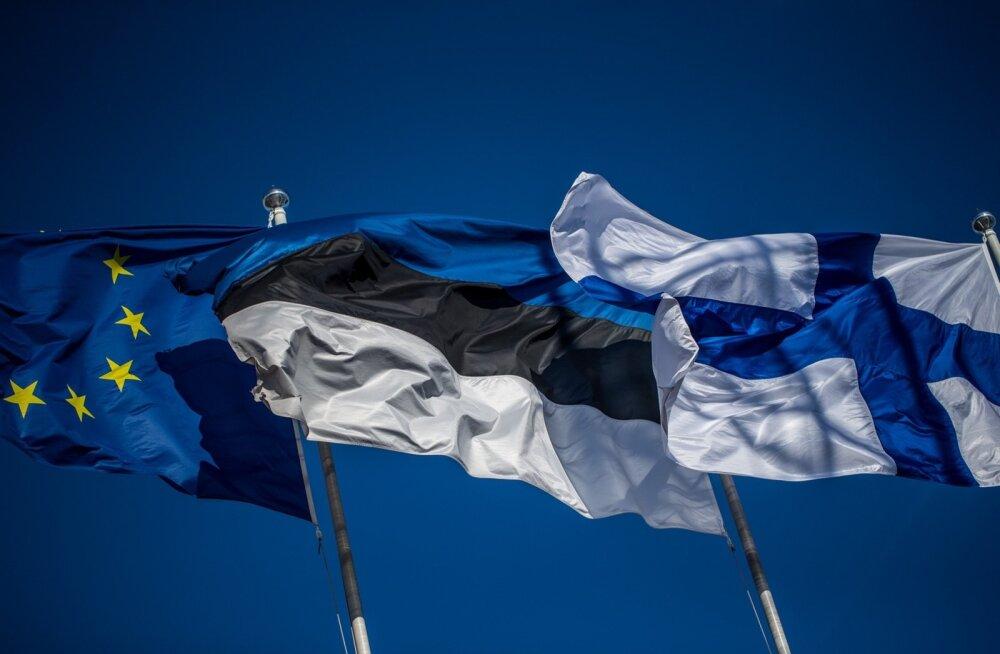 Soome, Eesti ja ELi lipud