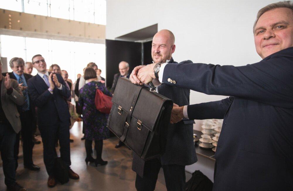 2017. aasta aprillis ulatas Andres Herkel parteijuhi portfelli Artur Talvikule. Aasta hiljem võttis ta selle tagasi, saades kaasa ka partei, mille toetus on kukkunud valimiskünnise lähedale.