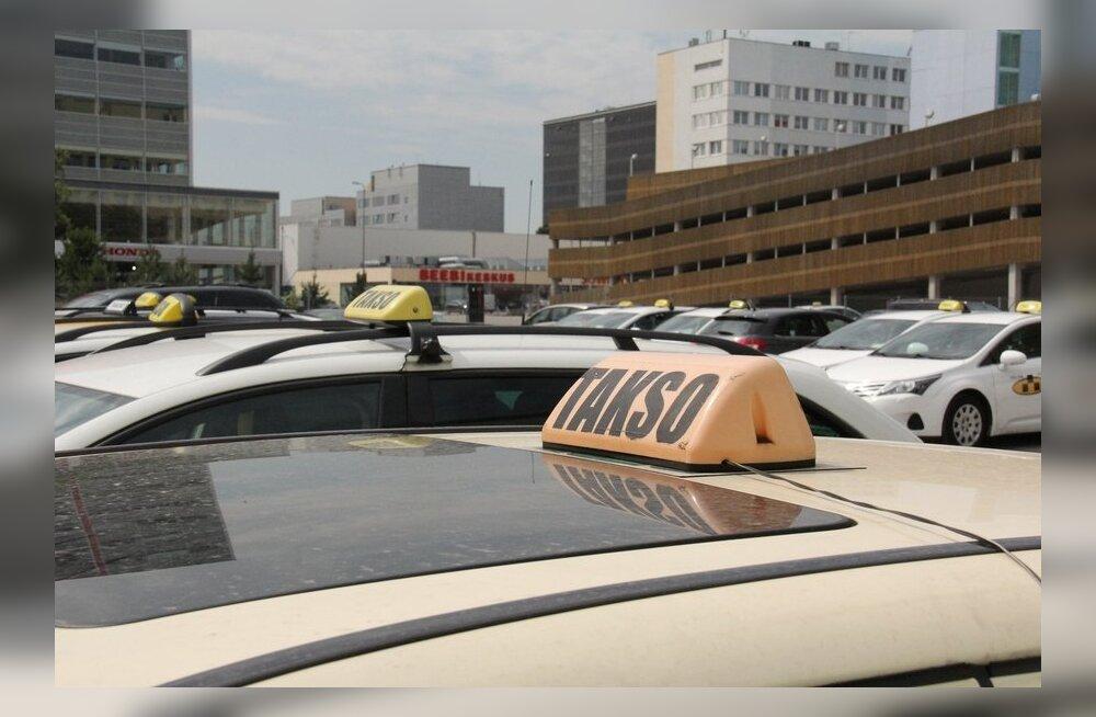 Муниципальная и государственная полиция взялись за такси