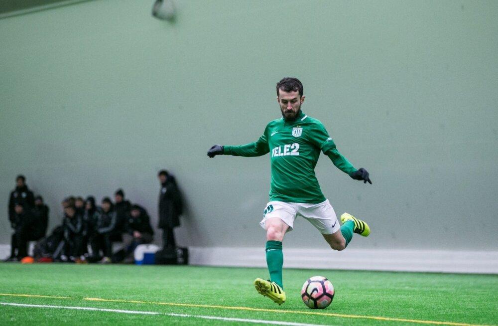 Esimese värava lõi sisetingimustes peetud Eesti jalgpallimeistrivõistluste kohtumises floralane Zakaria Beglarišvili.