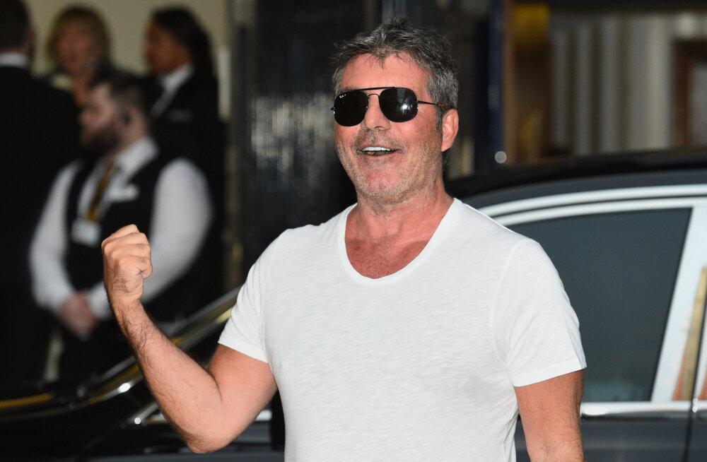 KLÕPSUD | Piinlik lugu! Simon Cowell unustas väikemehe tuulduma!