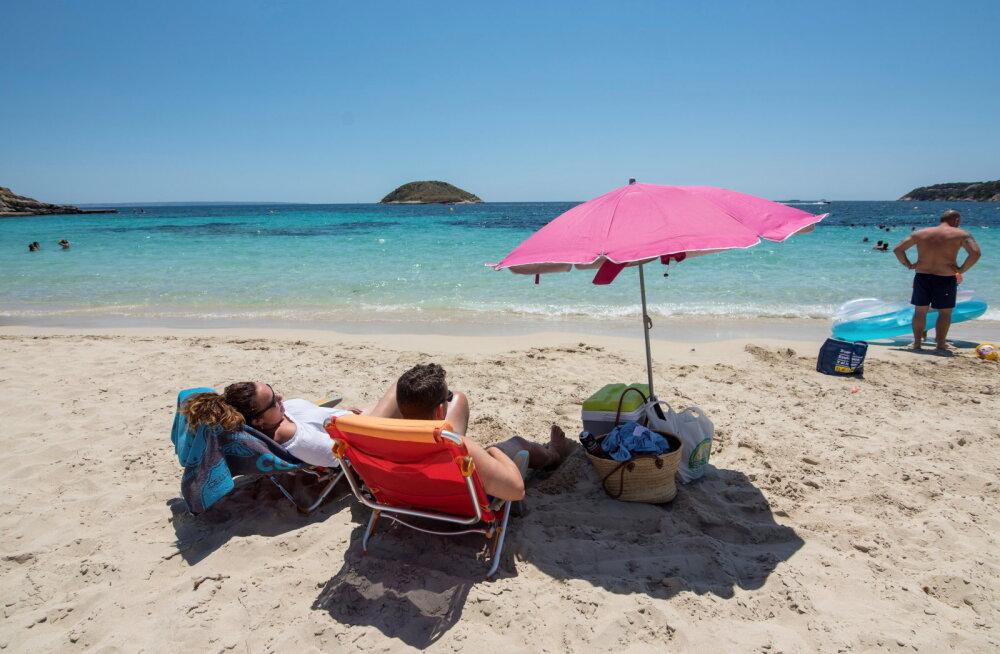 Попавшие за границу туристы рассказали о преимуществах отдыха при пандемии
