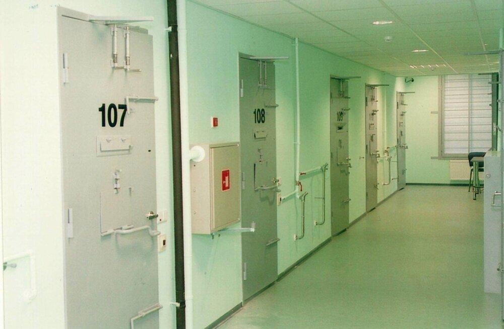 Заместитель префекта в свете убийства в арестном доме: следует модернизировать камеры и перестроить систему охраны