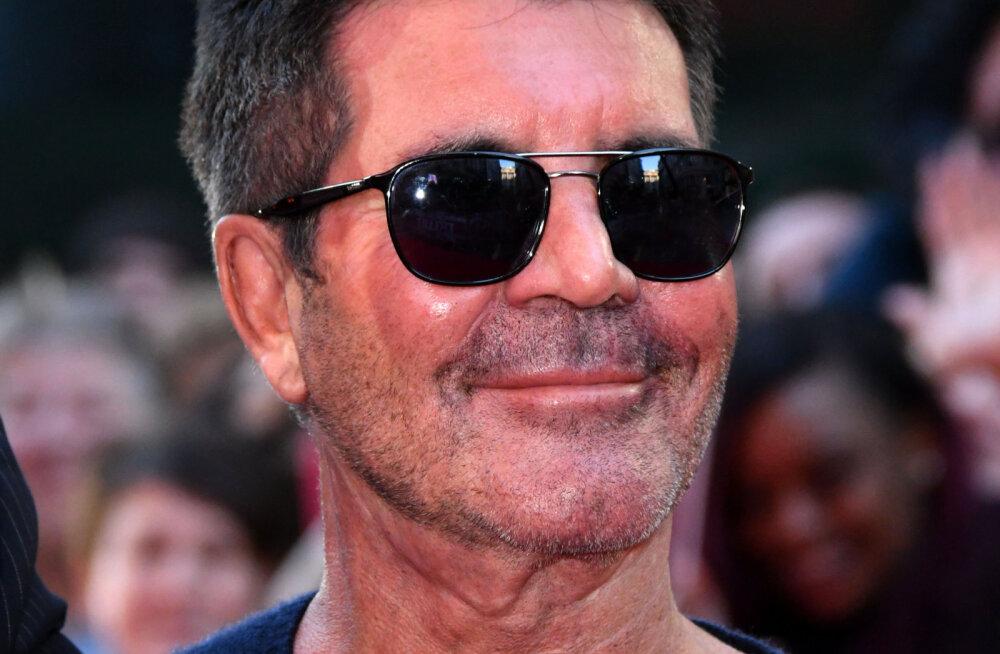 KLÕPS | Simon Cowell võtab aina rohkem kaalust alla: isegi riided näivad juba sobimatult suured