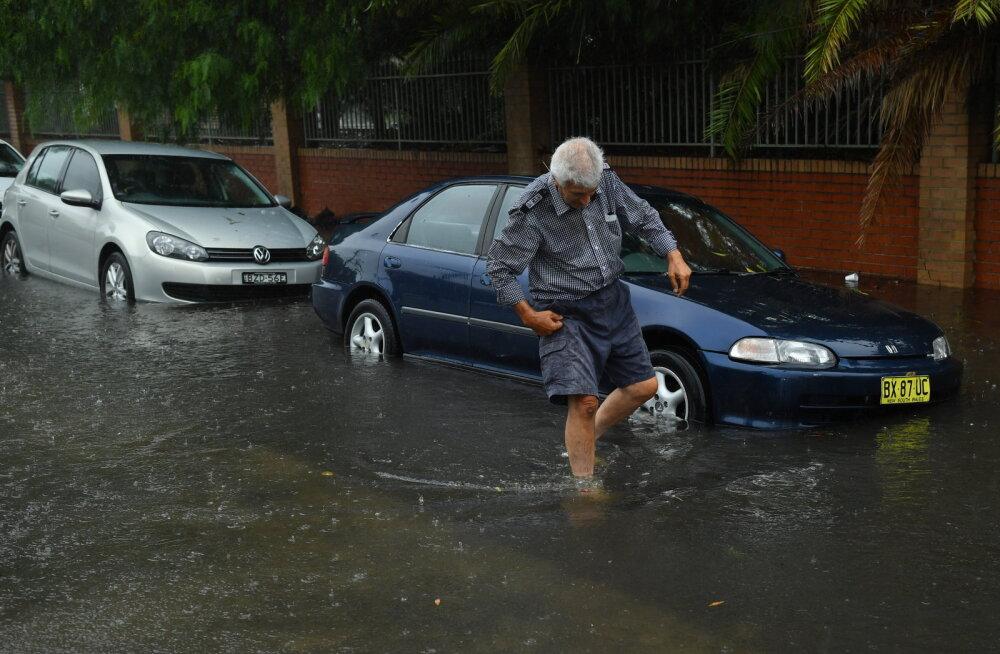 Rekordiline vihmasadu Sydney ümbruses kustutas kaks megapõlengut