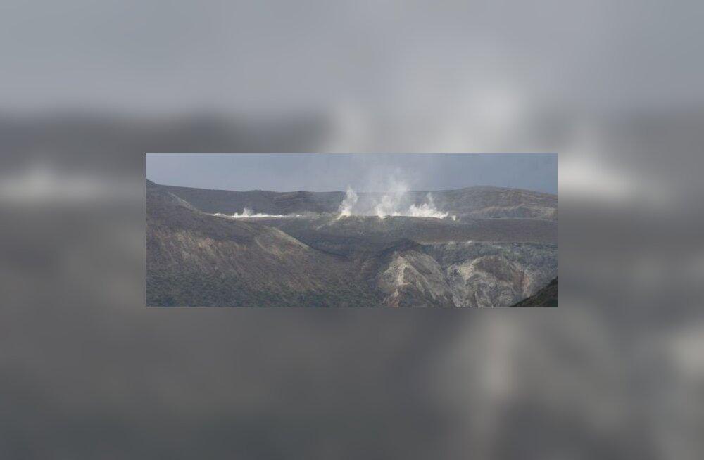 Maaleht Sitsiilias 6. päev: suitsev vulkaan ja mudaga uputatud tänavad