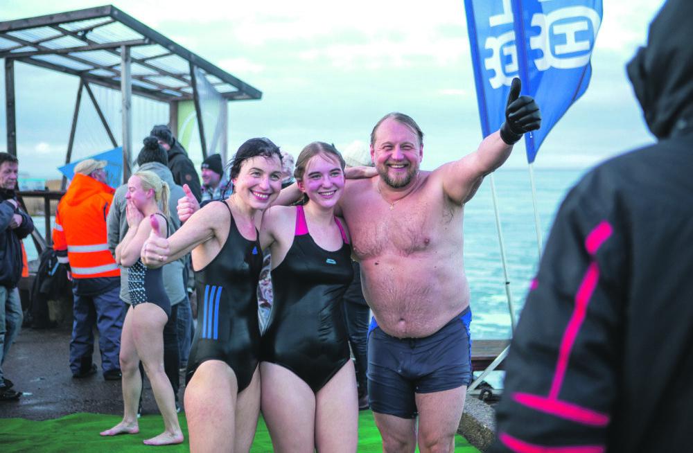MEIE MAA | Jäisesse merre sulpsas rekordiliselt inimesi
