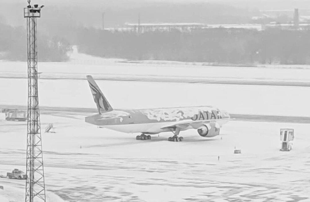Qatar Airwaysi tellimuslennuk Tallinna lennujaamas