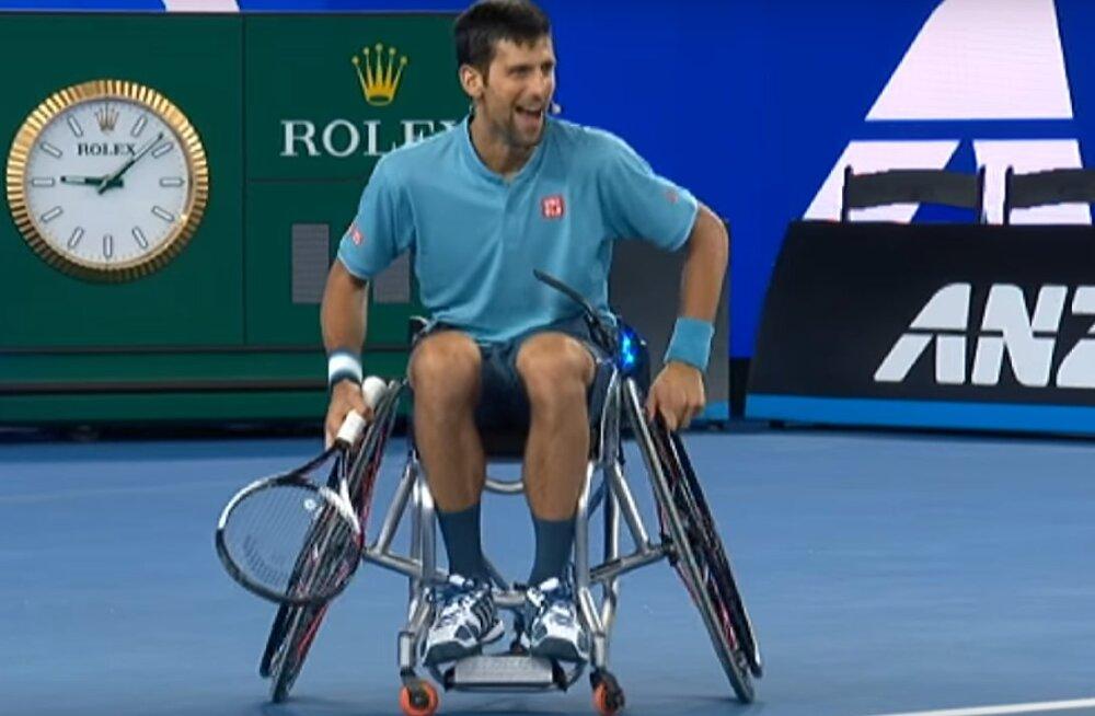 """VIDEO: Djokovic proovis Austraalias ratastoolitennist: """"See on mu elu raskeim trenn"""""""