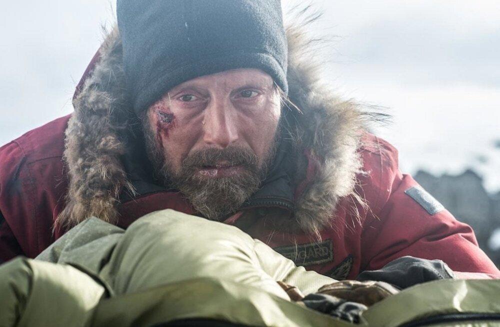 """Ellujäämisdraama """"Arktika"""": kas peategelane oleks ka päriselt jäises keskkonnas ellu jäänud?"""