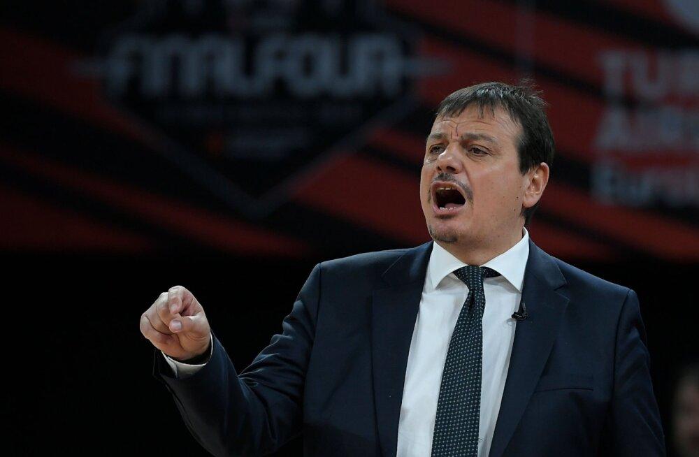 Tipptreener süüdistas Euroliigat: meid tabas spordiajaloo suurim ebaõiglus
