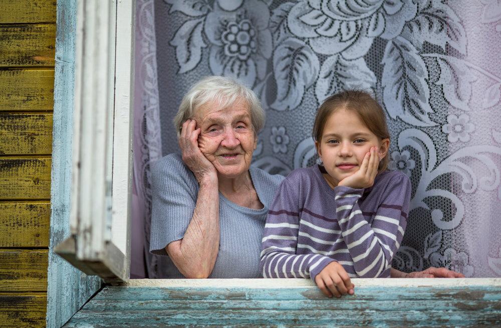 Täna on vanavanemate päev  12 vahvat põhjust, miks vanaema ja vanaisa on nii mõnus olla