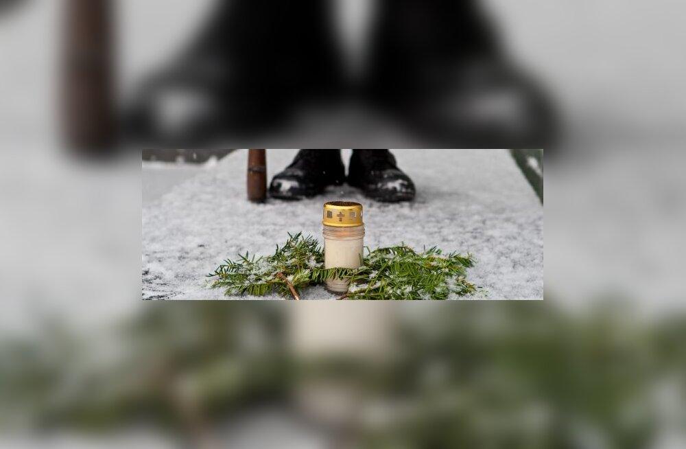 Lätis mälestati punaterrori ja küüditamise ohvreid