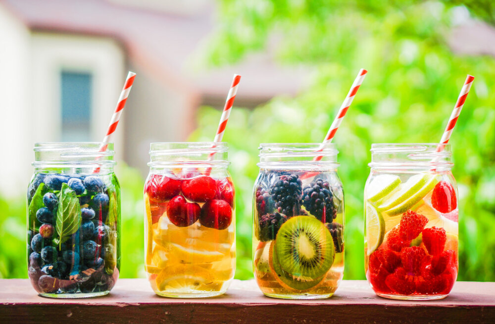 RETSEPTID! Sinu keha vajab vett: Värskenda end mõnusa isevalmistatud maitseveega