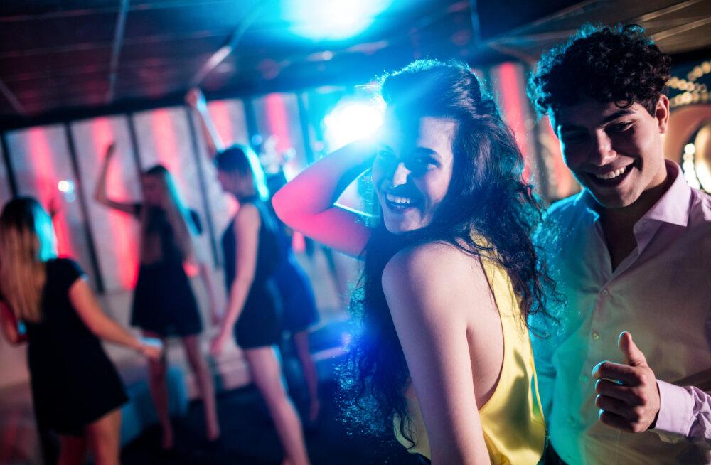 Mõtled, kas minna täna klubisse tantsima või mitte? Siin on sulle viis põhjust, miks tantsida