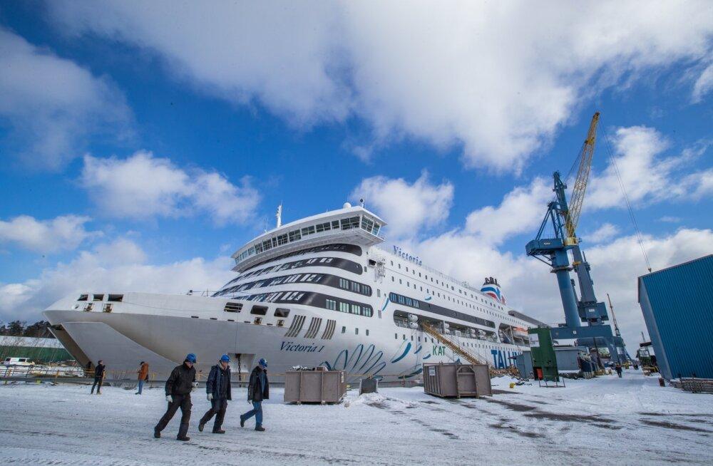 Ministeerium tellis Tallinkilt kaubaveoks erireisid Helsingisse