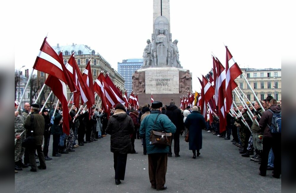 Премьер Латвии: не стоит отмечать 16 марта и 9 мая