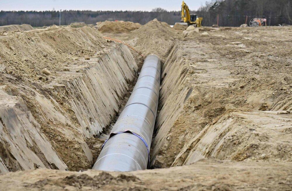 """""""Северный поток — 2"""" встал, но газ по его продолжению Eugal пошел"""