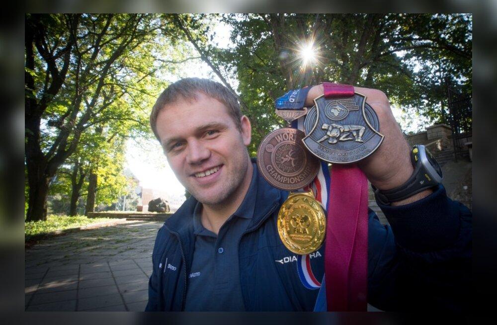 Heiki Nabi tiitlivõistlustel võidetud medalitega