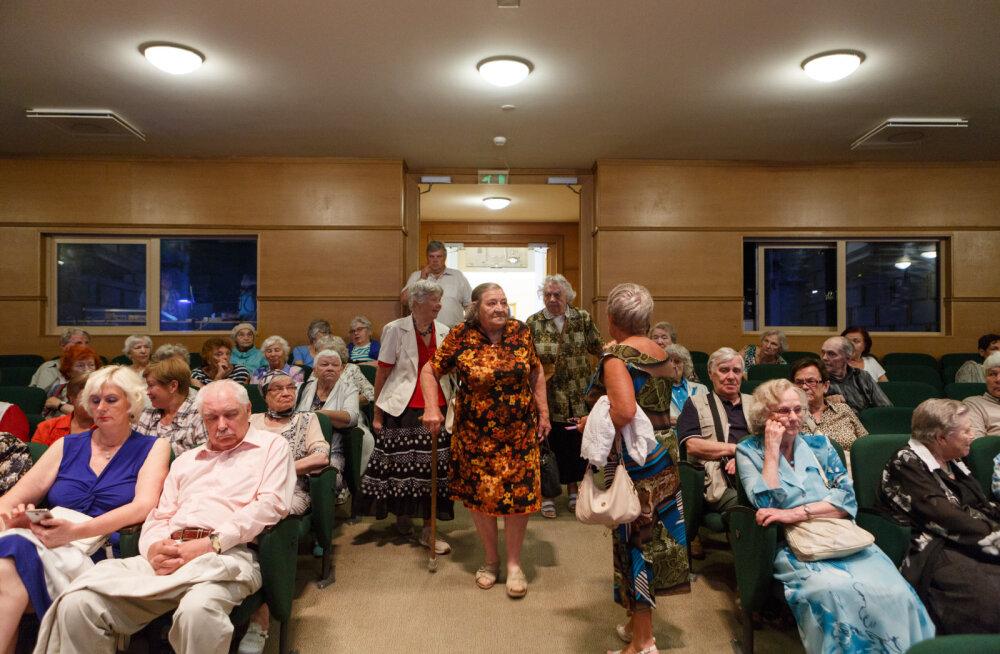 Киноклуб для пожилых в Таллинне продолжит деятельность в ноябре