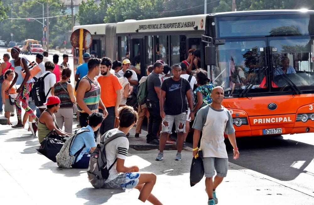 Kuuba president hoiatas energiakriisi eest diislikütuse puuduse tõttu