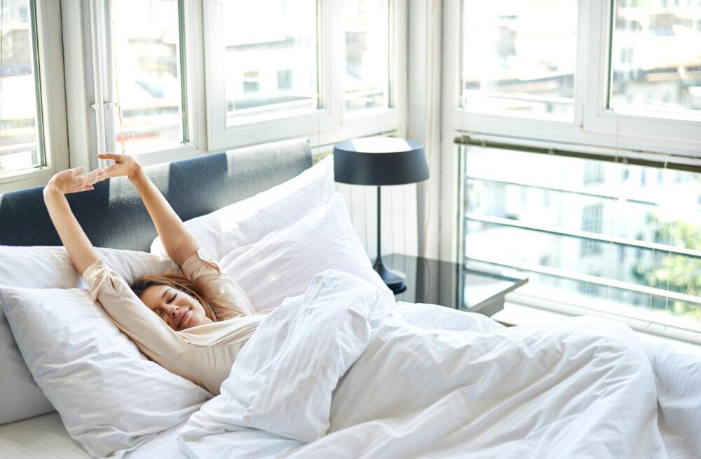 Teadlaste soovitus tolmulesta vastu: jäta voodi korda tegemata