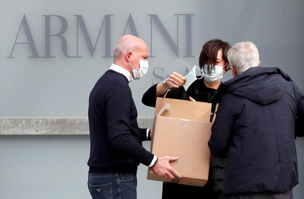 Из-за коронавируса показ Armani прошел за закрытыми дверями