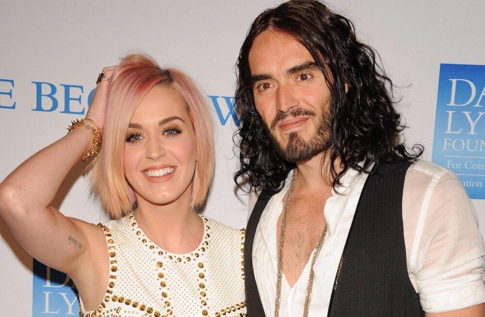 Katy Perry meenutab abielu endise kallima Russell Brandiga: ta on tark mees ja mina olin lihtsalt nii armunud