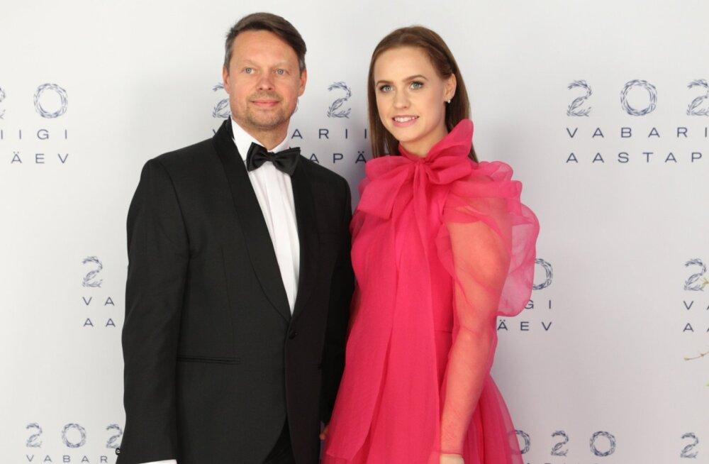 SUUR ÜLEVAADE | Moeajakirjanik Urmas Väljaotsa 10 lemmikut ballikleiti: mida arvas ekspert presidendi riietusest?