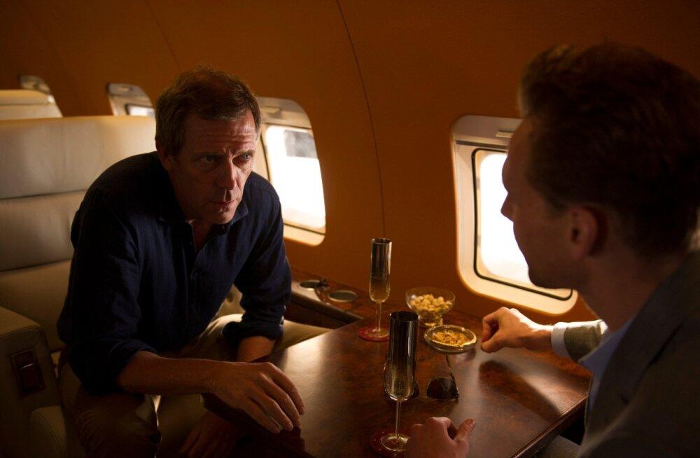 """Hugh Laurie mängib sarjas """"Öine administraator"""" Inglise miljardäri Richard Onslow Roperit."""