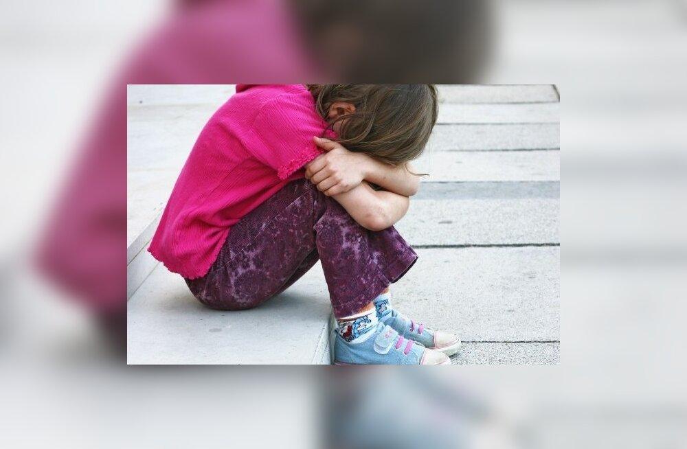 Читатель Delfi: над ребенком издеваются в эстонской школе, что делать?