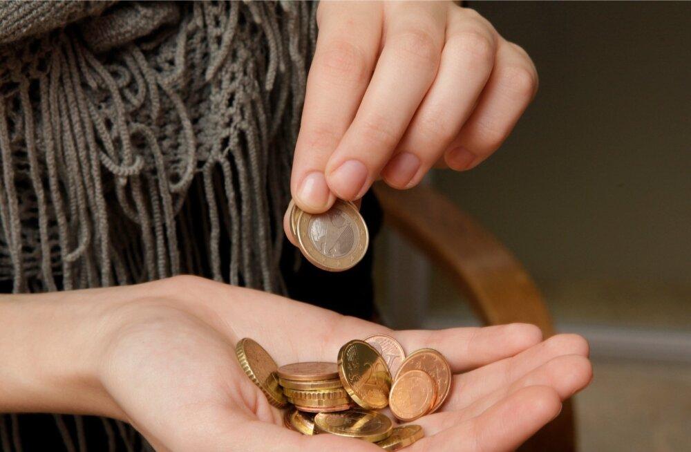 Tarbijate ebakindlus paistab suurenevat, kuid selle vastu aitab säästmine.