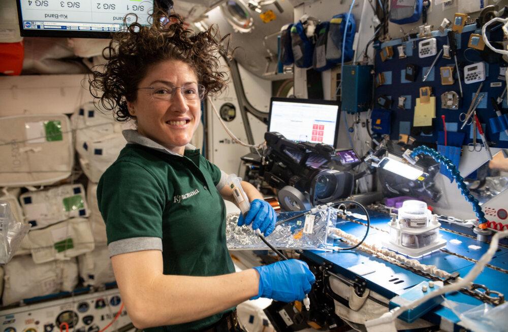 NASA naisastronaut püstitas kosmoses viibimise rekordi