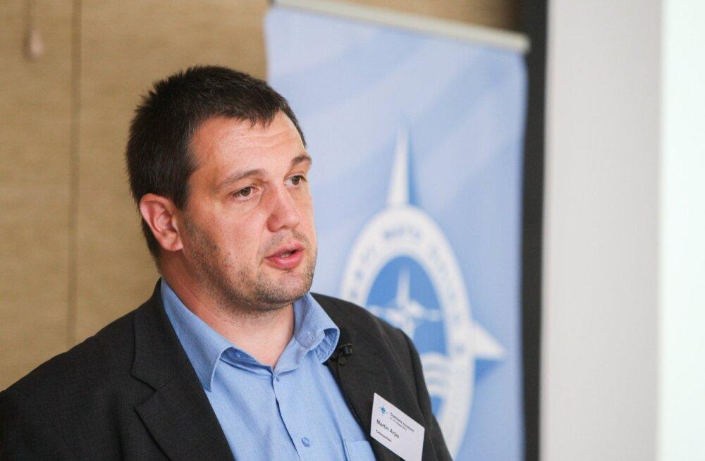 Martin Arpo Eesti NATO Ühingu seminaril