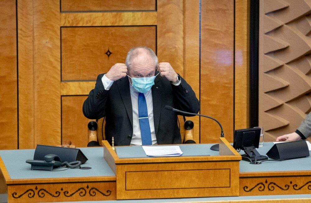 Ka paljud riigikogu liikmed kannavad istungitel kaitsemaske