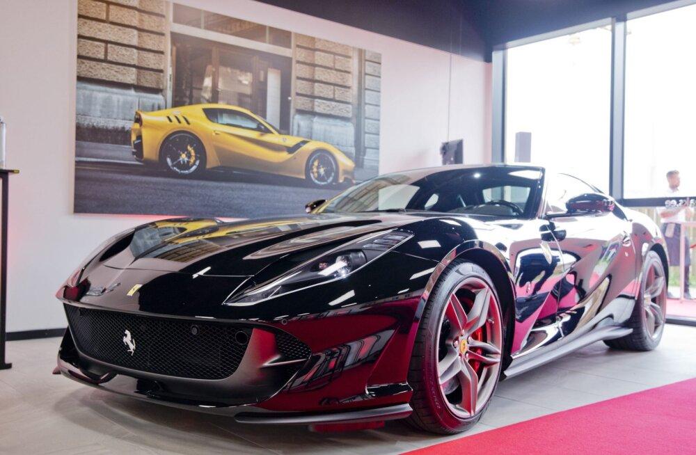 Võimsate sportautode ostjaid võib Prantsusmaal oodata kuni 50 000 eurone automaks