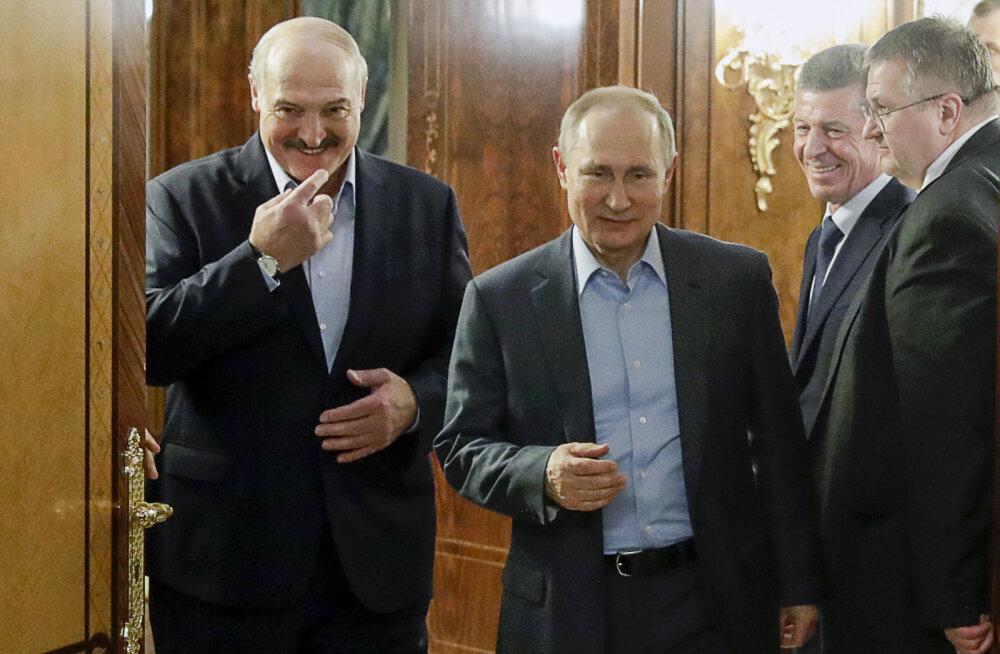 Лукашенко пригрозил России санкциями