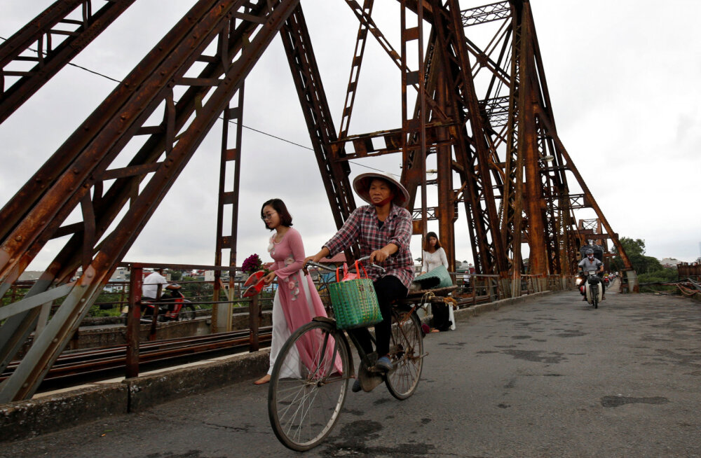 ФОТО: Во Вьетнаме набирает популярность новое место для экстремальных селфи