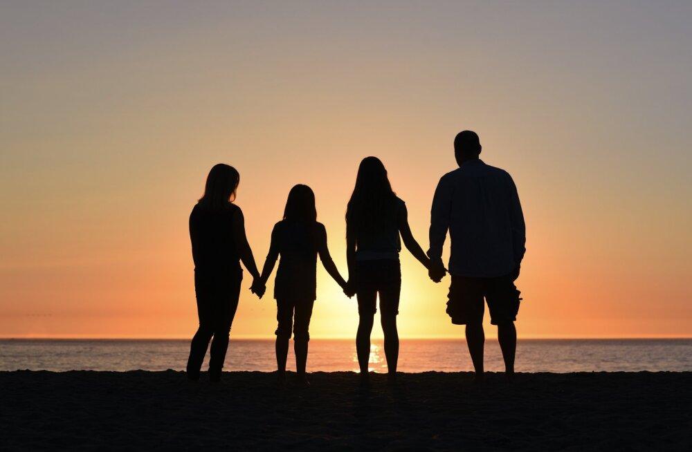 Lugeja tuletab meelde abielu peamise mõtte, mis inimestel pahatihti ununema kipub