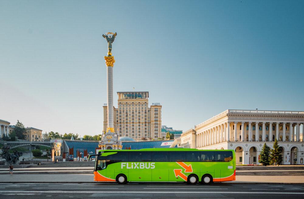 Раз самолеты не летают, поедем на автобусе: компания FlixBus запускает автобусные рейсы из стран Балтии на Украину
