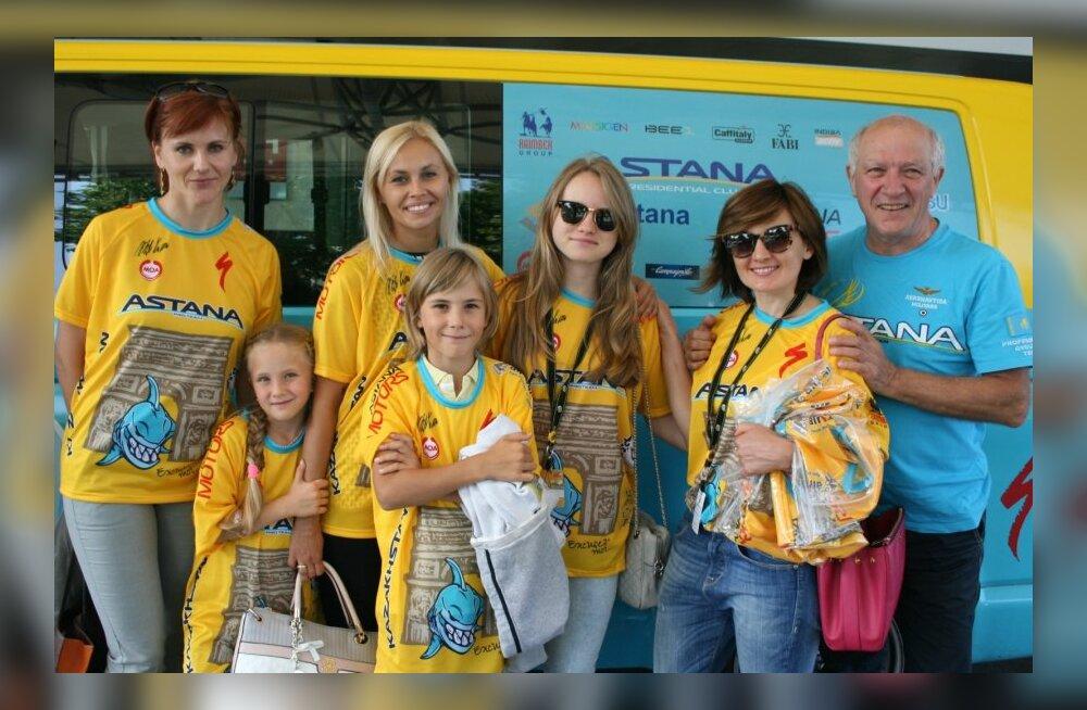 Astana poolehoidjad on kollasesse värvunud