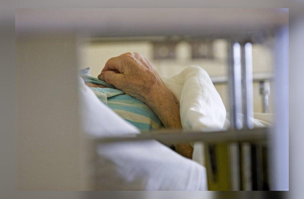 Päeva kommentaar: Proovige ise oma voodihaigeid vanemaid hooldada...