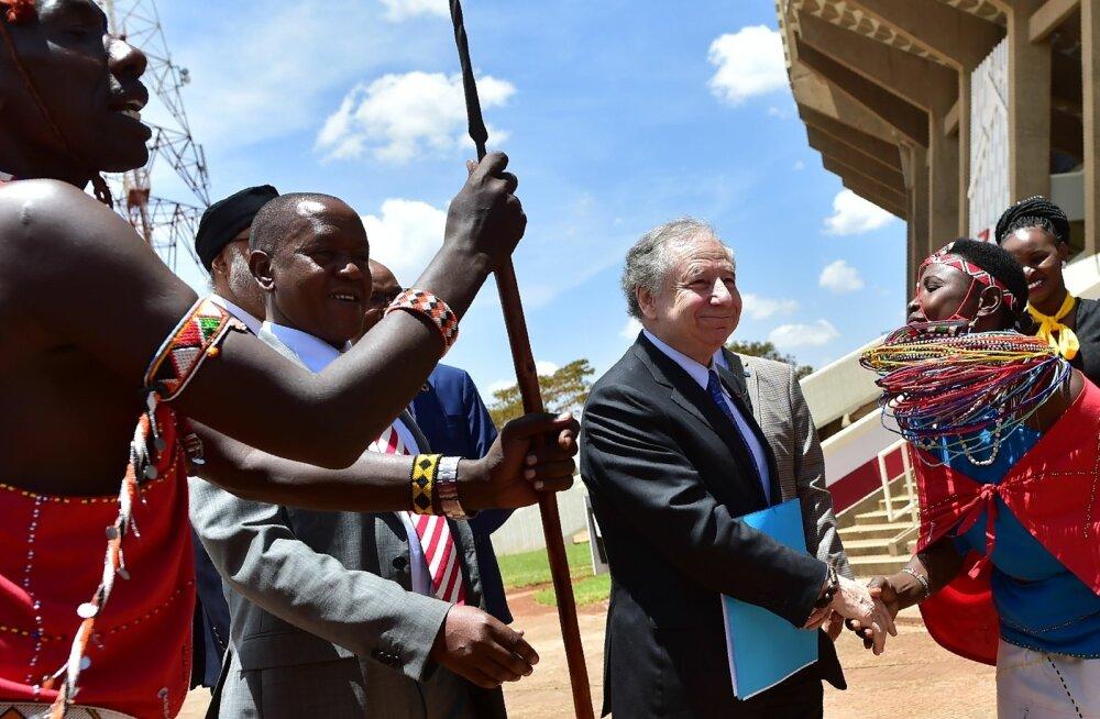 Rahvusvahelise Autoliidu president Jean Todt tutvumas Safari ralli oludega.