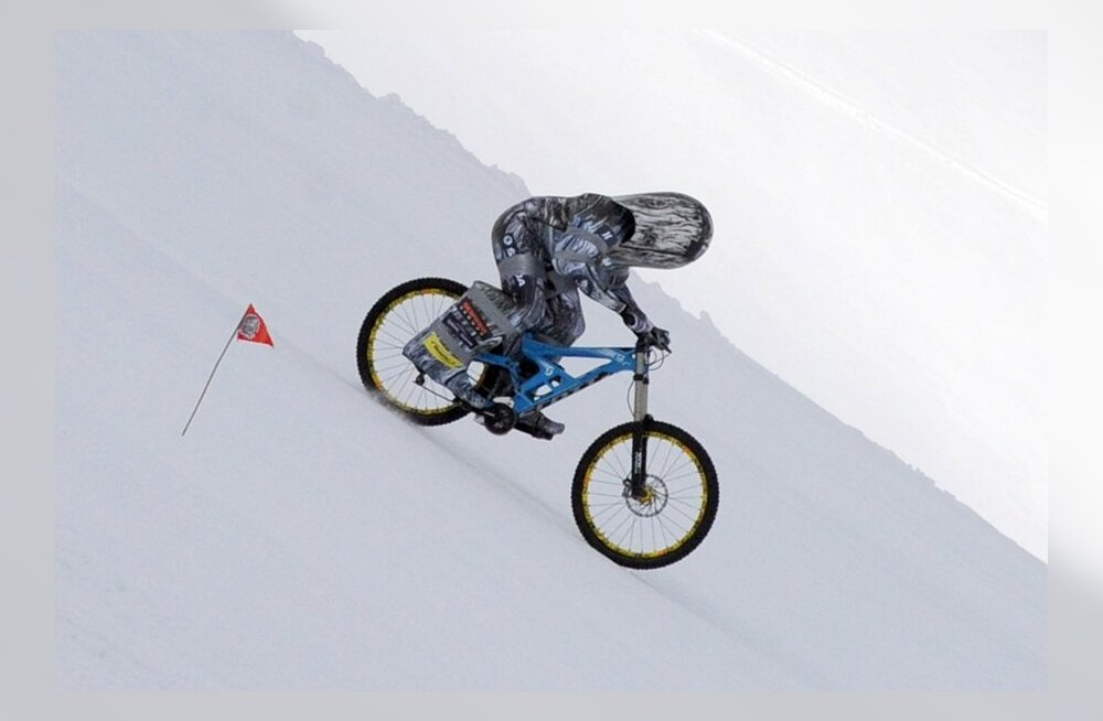 ULME: Eric Barone kihutamas rattaga enam kui 200 km/tunnis