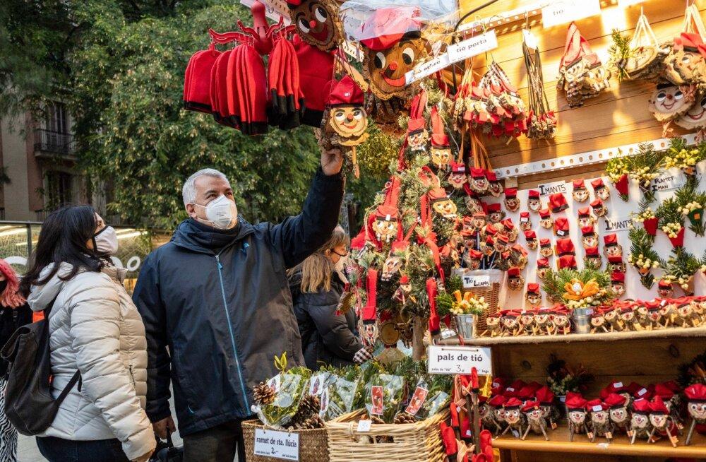 Коронавирусное рождество: в Испании запрещено петь, в Санкт-Петербурге просят туристов не приезжать, Австрия открывает горнолыжные курорты
