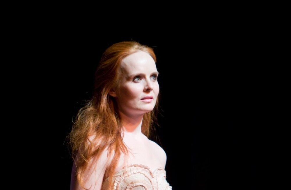 Näitlejanna Kersti Heinloo sünnitaks kolmanda lapse kodus