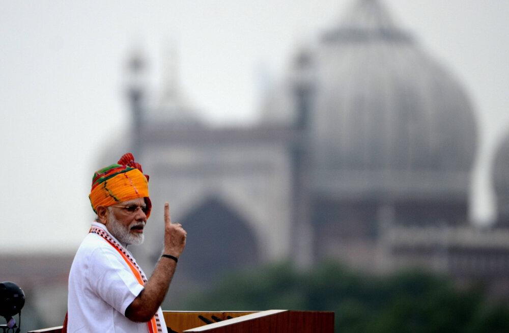 Пещера для медитации премьер-министра Индии стала популярной туристической достопримечательностью