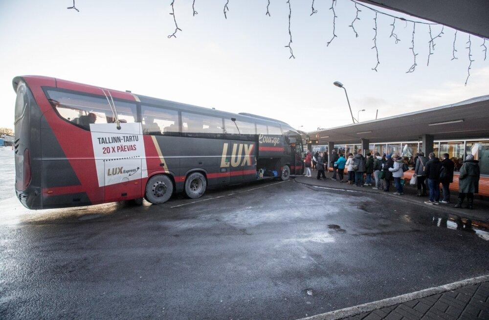 Tallinna-Tartu bussiliin on üks Eesti tulusamaid. Konkurentsiameti hinnangul piirab praegune seadus liialt uute tulijate võimalusi pirukast osa saada.