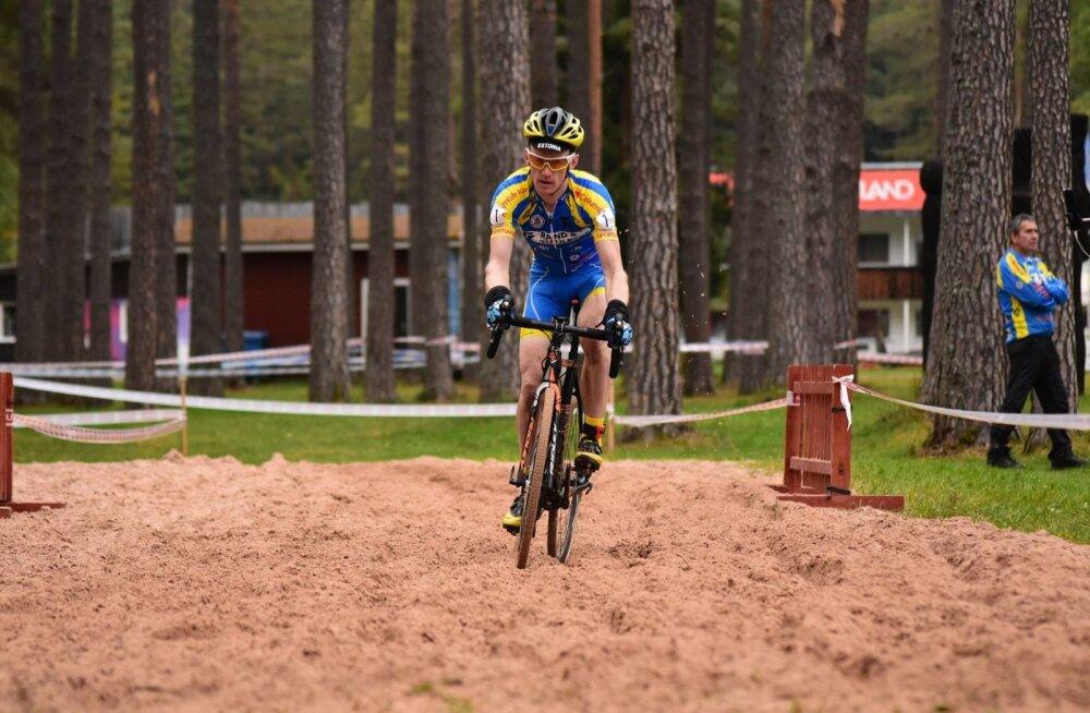 Caspar Austa Elva võistlusrajal